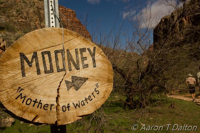 Mooney Falls This Way