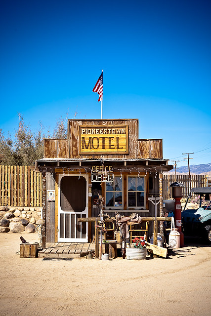 Pioneertown Motel check in