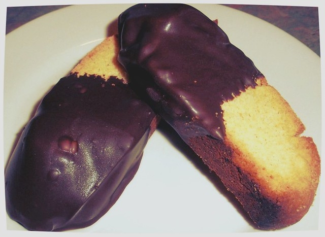 True Lemon and Dark Chocolate Biscotti