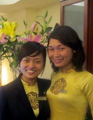 Hotel Charming 2 Staff-b