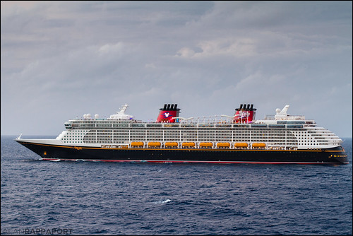 Hello Disney Dream #DisneyCruiseLine #Photo