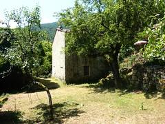 Maison semi-ruinée du hameau de l'Agnu