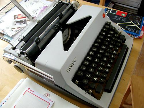 Olympia Sans Serif 3