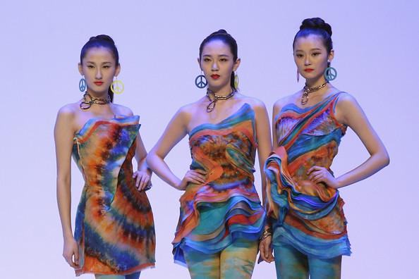 China+Fashion+Week+2012+13+W+Collection+Day+_Zg1bdMlU9Ul
