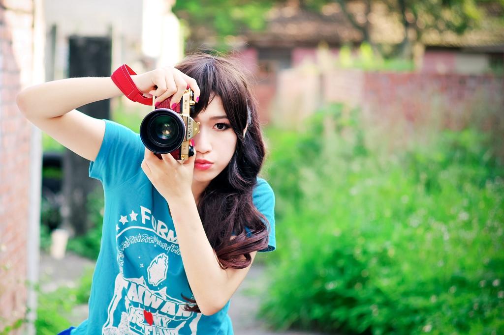 相機女孩  艾妲