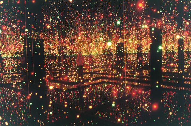 infinity room - yayoi Kusama exhib Tate Modern