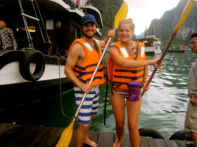 kayak-halong-bay-vietnam-traveling9to5