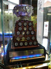 Art Ross Trophy; NHL Scoring Points Leader