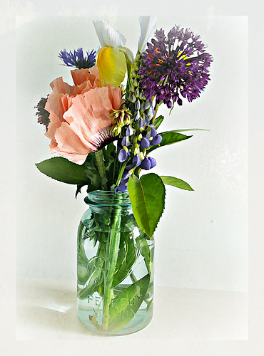 05-24-12 Spring Bouquet by roswellsgirl