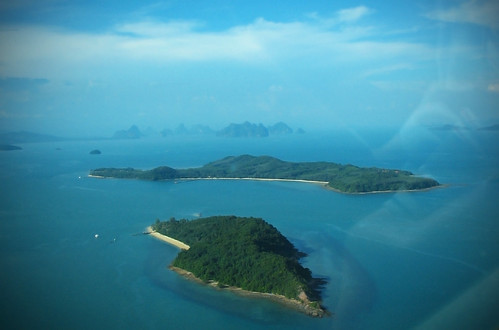 Islands to the east of Phuket
