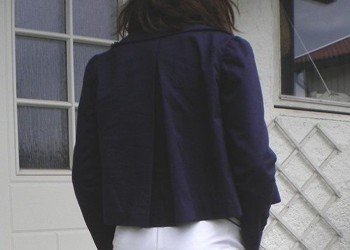 Cropped jacket and trousers