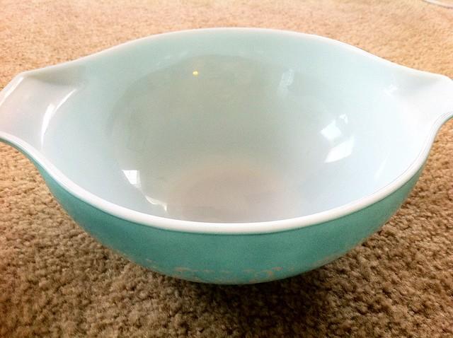 Pyrex Cinderella Bowl