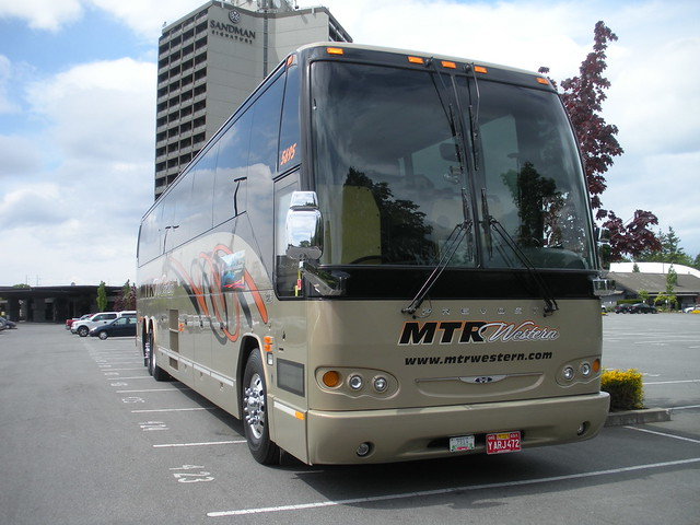 Front content further 7363842484 as well 2014 Thor Motor Coach Tuscany 40gq Ivisi together with Bilder 1NQAgvvf Luxus Wohnmobile together with 0509b. on coach motor