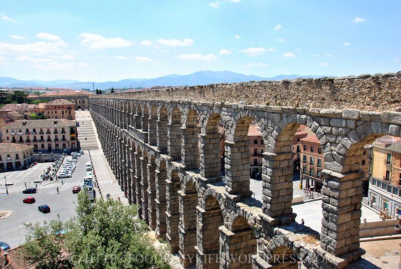 04 Segovia Aqueduct