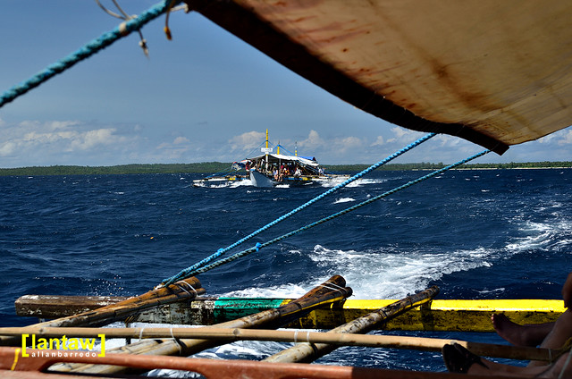 Cagbalete Island - Commuter Boats in Lamon Bay