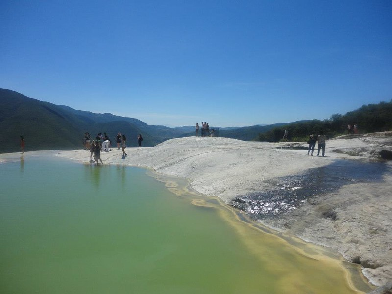 oaxaca-paysage-ciel-eau.jpg
