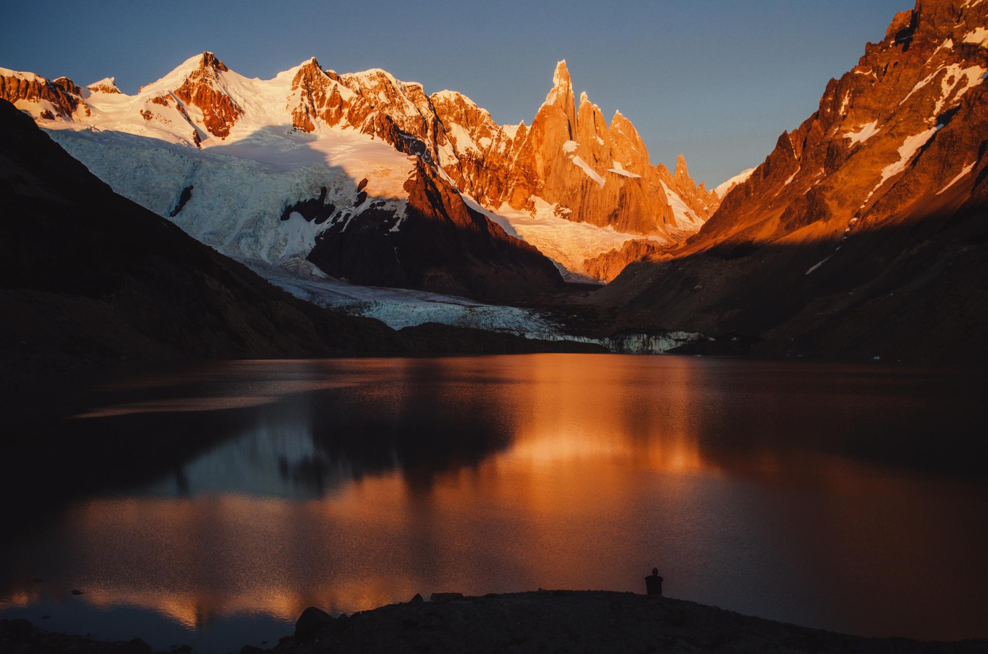 Laguna Torre sunrise