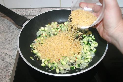 36 - Reisnudeln hinzufügen / Add rice noodles