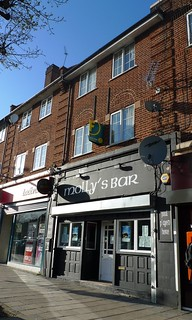 Picture of Molly's Bar, N11 1AH