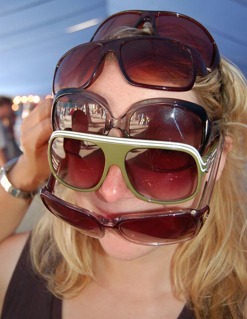 sunglasses-apology