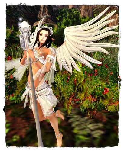 Fantasy Faire -**Angelwing** Petite Battle Fairy