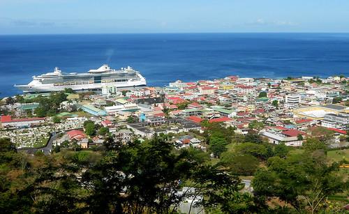 cruise boat ship air caribbean serenadeoftheseas royalcaribbean serenade 2012 dominica roseau rccl caribbeansea