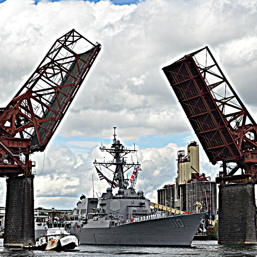 Fleet_Week_USS_Lawrence