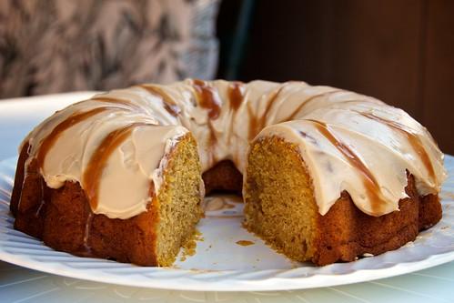 134/365 - Pumpkin Bundt Cake with Caramel Cream Cheese Frosting