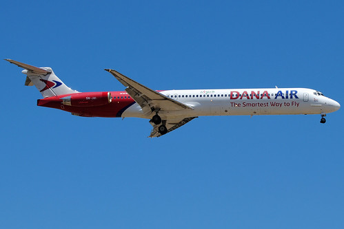 Dana Air MD83