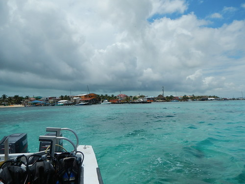 Pulling away from San Pedro, Ambergris Caye