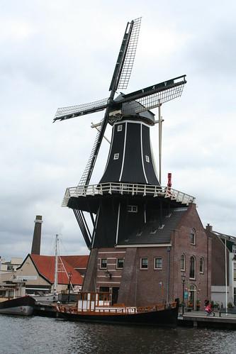 2010.07.15.119 - HAARLEM - Koudenhorn - Molen 'De Adriaan'