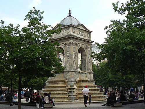 Fontaine des Innocents.jpg
