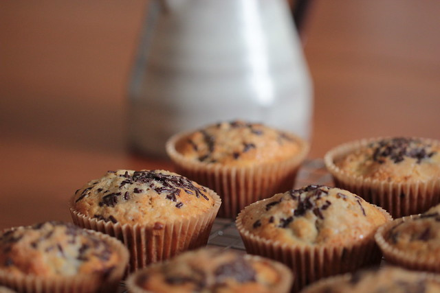 chocolate chips & cherries muffins