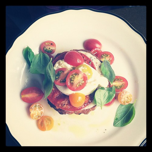 Burrata with cherry tomatoes on a cheesy tart. #food #canadagram