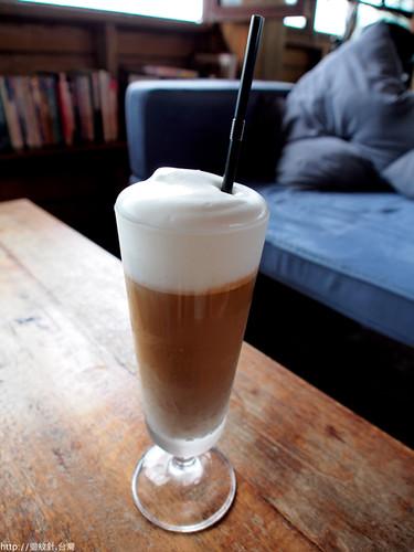 石牆內咖啡