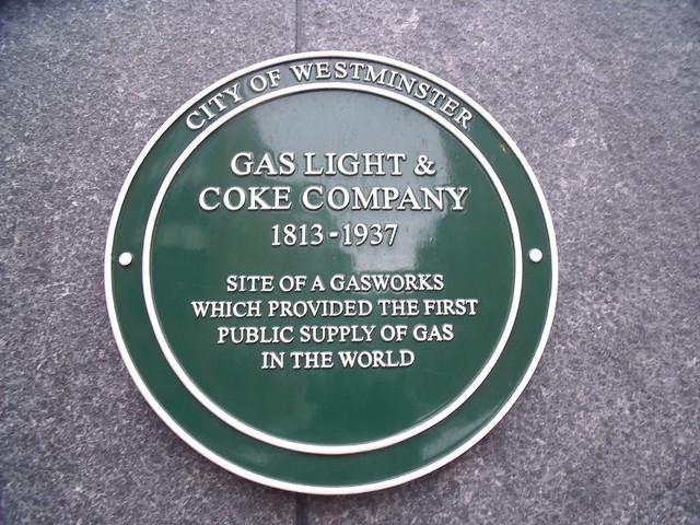 Photo of Gas Light & Coke Company green plaque