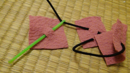 How to make a non-sew scrunchy 4