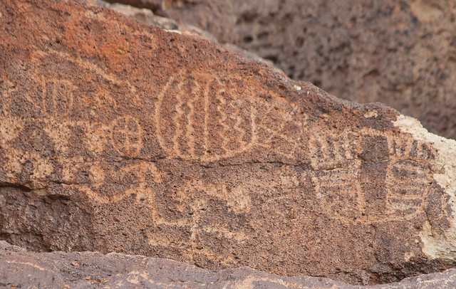 Petroglyphs near Bishop, CA