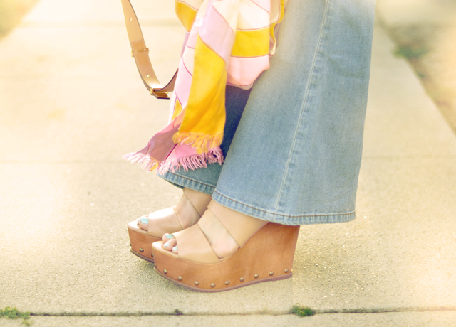 wood wedges with studs -flares