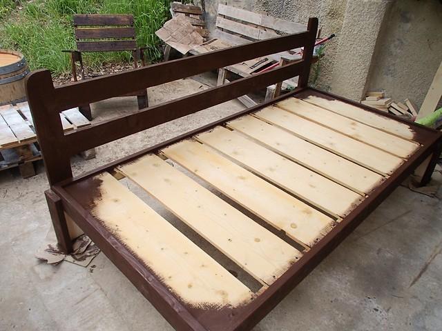 Fiche de savoir 15 construction d un canap en bois for Canape en palette avec dossier