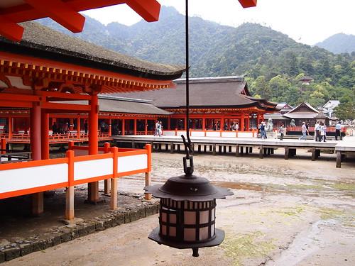 厳島神社 - 本殿から