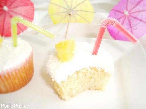 PiñaColada纸杯蛋糕
