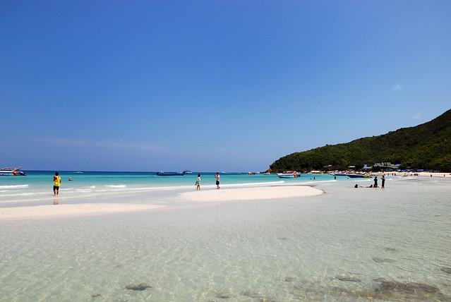 Koh Lan or Coral Island, Pattaya,Thailand  Flickr - Photo Sharing!