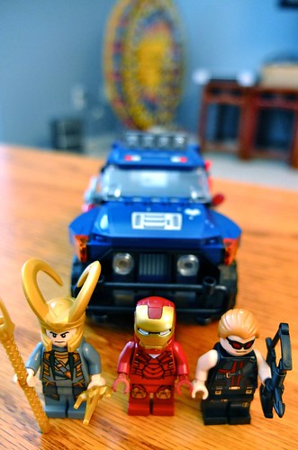 lego  the avengers x iron man x hawkeye x loki u0026 39 s cosmic