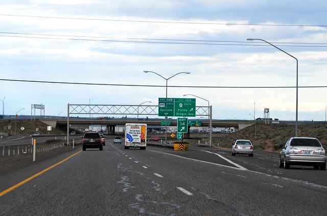 I-182 @ SR 397 & US 395 northward