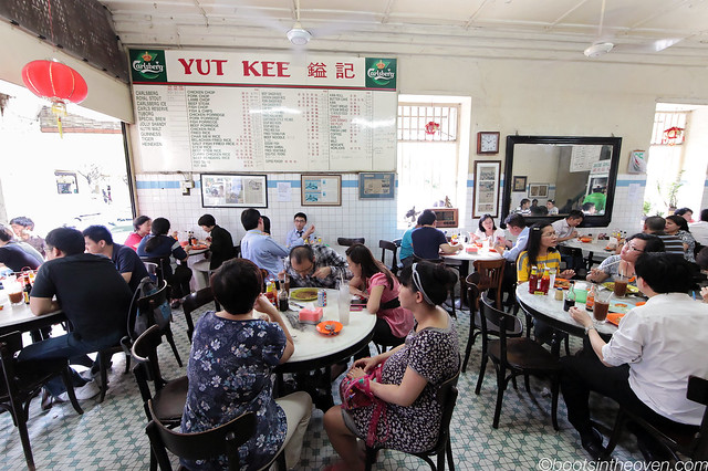 Yut Kee's comfortable interior