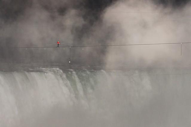Nik Wallenda during his 2012 Tightrope Walk over the Horseshoe Falls, Niagara Falls (DSH_3093)