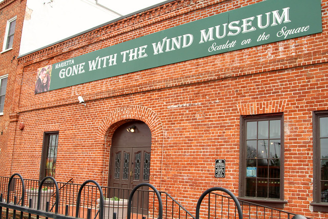 13594270213 8fe43401dd z Gone with the Wind Museum: