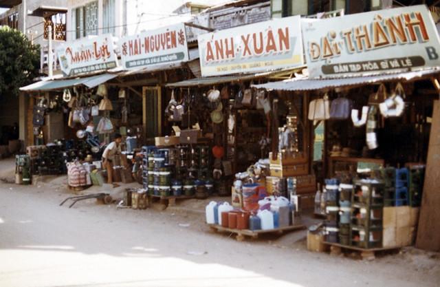Quảng Ngãi 1971 - Đường Ngô Quyền - City Near Chu Lai