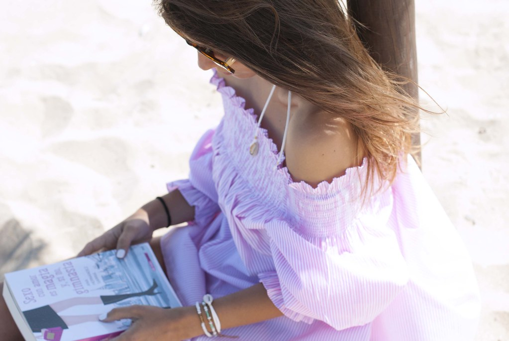 07_off_shoulder_dress_summer_fashion_blogger.